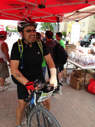 This guy rode the short 100 mile gravel race with an arm cast.  He broke it last week.