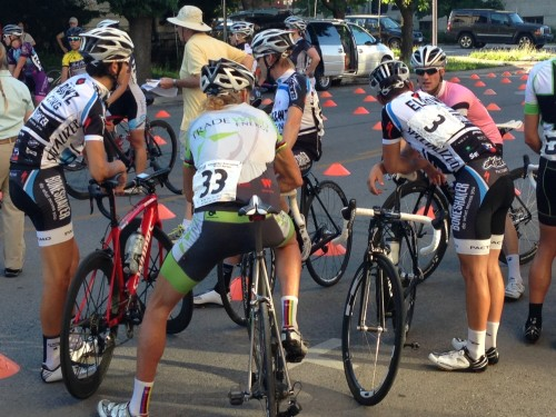 Catching up before the start with Nick 	Torraca, Joseph Schmalz, and Coltan Jarish (in the pink leaders jersey).