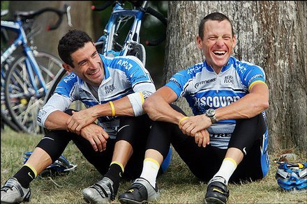 Lance and George all giddy, probably after their 7th day straight of 250 kms.   Fresh as daisies.