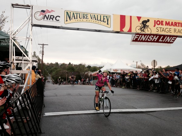 Here is Lauren Stephens, my Boneshaker team mate's wife, winning the criterium.  She won 3 out of the 4 stages, plus the overall.