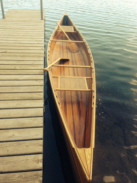 Dennis has this nice wood canoe which is a joy to paddle.