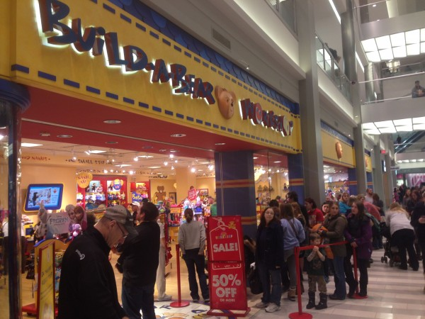 The Mall of America was jammed.  This Build-A-Bear place had a super long line.  I would like to build a bear there, it looks fun.
