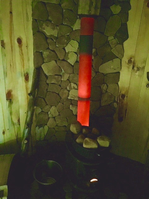 The stove pipe was glowing red when it got going good.