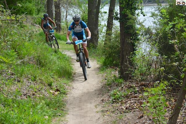 Brian leading the first couple laps. He was riding a dual suspension Eriksen and I was on fully rigid. Go figure.