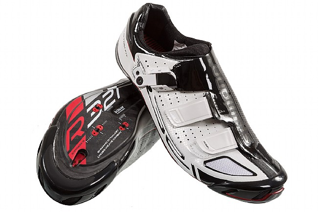 Modern day Shimano R321 shoes. A big advancement from the Detto's.